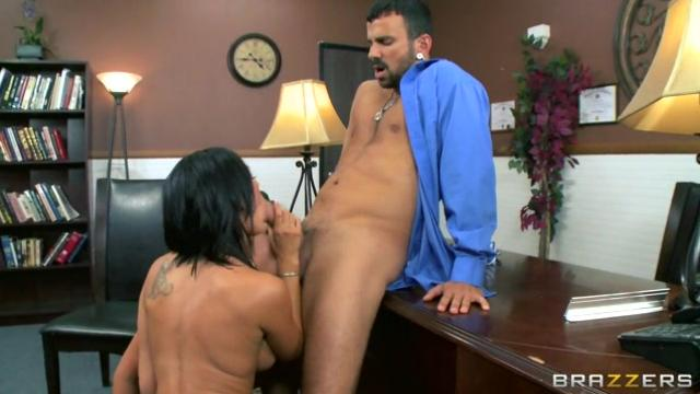 Sexual Harasment In The Work Place (HD)