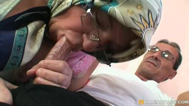 Old Man Nails Grandma And Teeny
