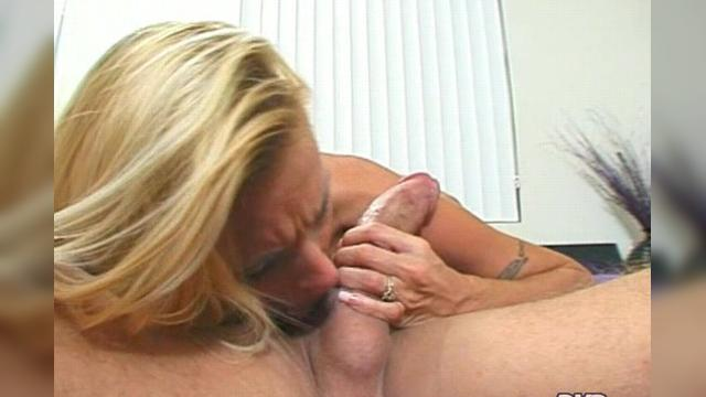 Holly Halston Deep Throat This 3
