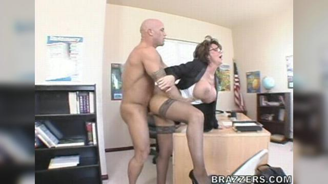 Big Tits At School Deauxma