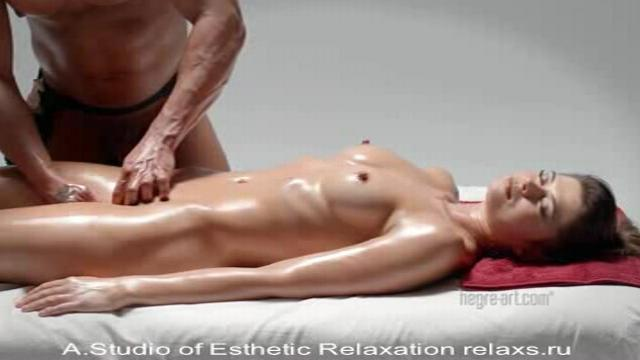 Powerful Pussy Massage (2014)