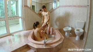 Lucie Wilde jacuzzi sex tape