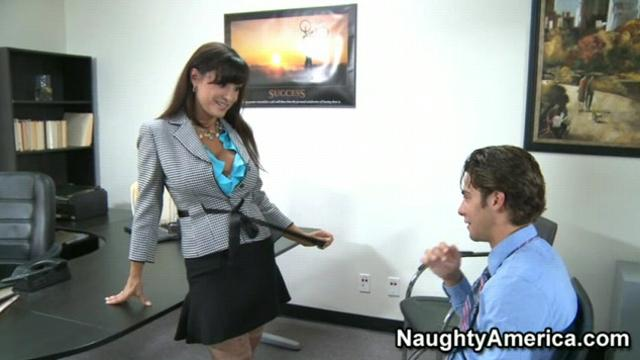 Lisa Ann (Young hard cock)