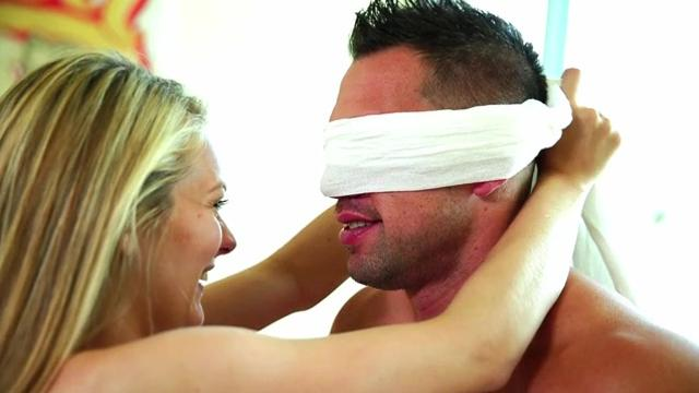 Alli Ray (Blindfold My Baby October 3, 2014)