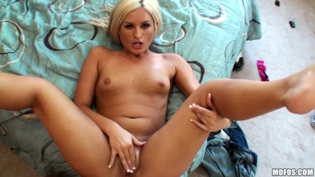 Kaycee Brooks (Cheaters Get What's Cumming to Them)