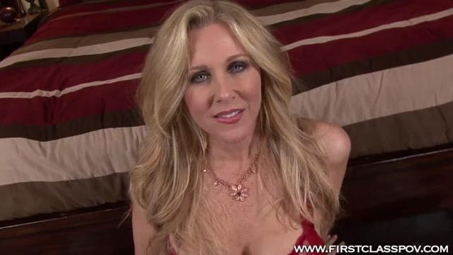 Julia Ann Sweet Blowjob