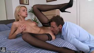 paid anal pleasures from sexy blonde