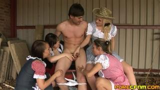 PureCFNM farm boy gets a hand
