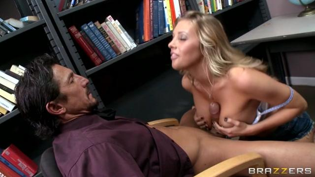 Samantha Saint Distracting Double D's