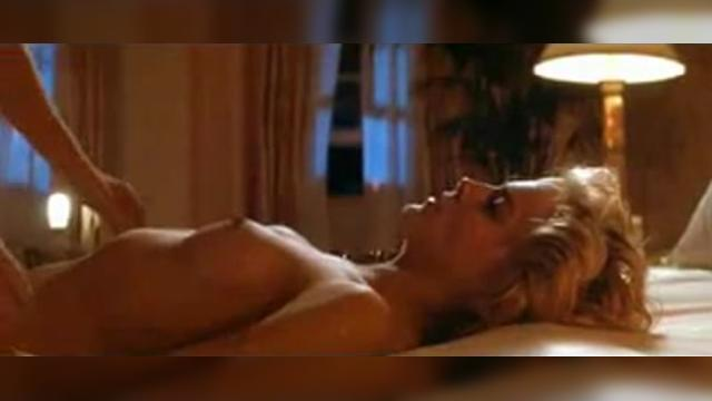 Michael Douglas & Sharon Stone HOT