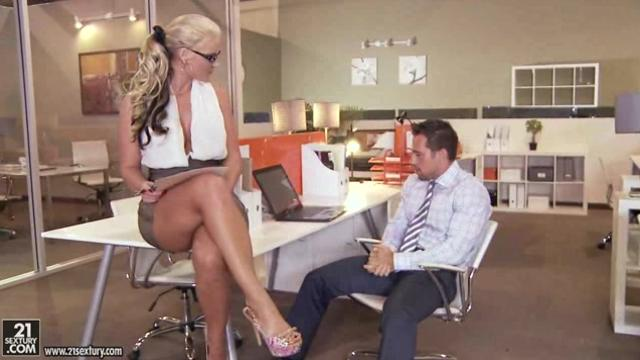 Phoenix Marie [ClubSandy] Overtime in the office