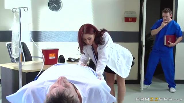 Monique Alexander Докторша