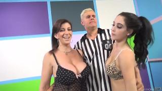Noelle Easton, Sara Jay Sophisticated Dames In Fellation