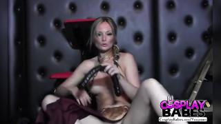 COSPLAY BABES Slave Princess Leia cums solo