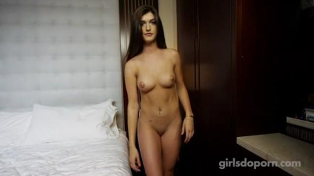 [GirlsDoPorn] 19 Years Old E330