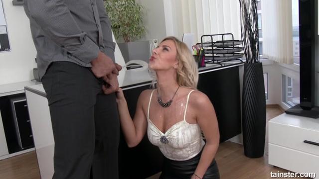 Nathaly Cherie Couple Loves Pissing Hardcore Style 1080