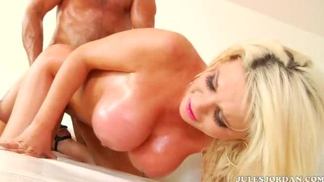 Alexis Ford (Big Wet Breasts)