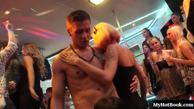 Stripper cum is what these skanky moms have been holding out for. Theyve