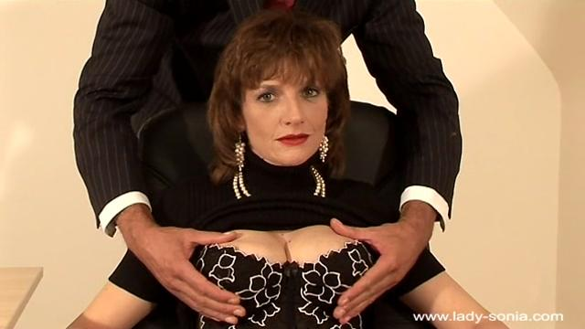 Lady Sonia Office Lust (2)