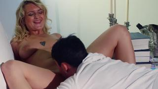 Art Of Cunni oral sex for a reclining blonde