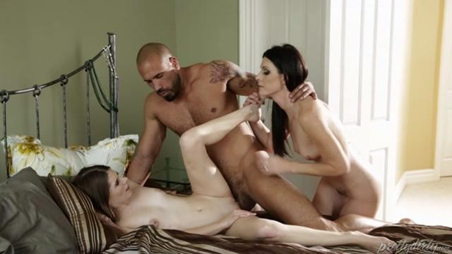 India Summer, Alice March, Karlo Karrera