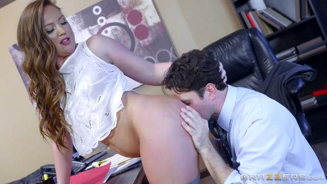 Maddy Oreilly Work Is Long When You're