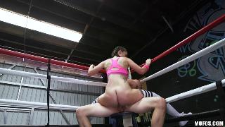 Gia Paige Boxing Brunette Fucks in the Ring