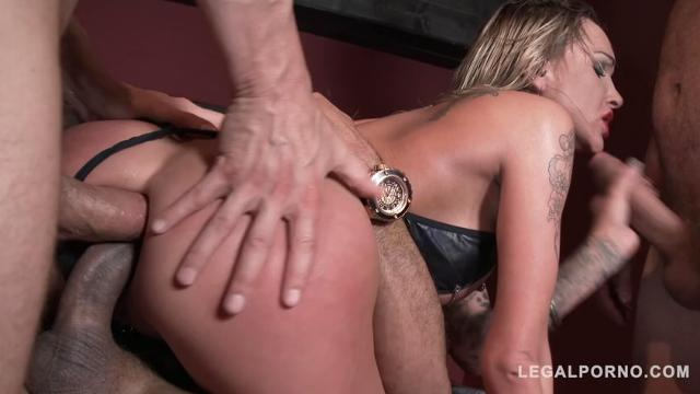 Chantelle Fox dominated by 3 guys & double anal (22.09.16)