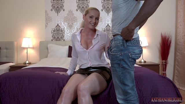 Kathia Nobili The best forced BI game honey!!! First time