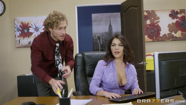 Valentina Nappi (All Natural Intern 20.10.2016)