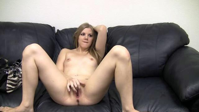Backroom Casting Couch e172 lexi