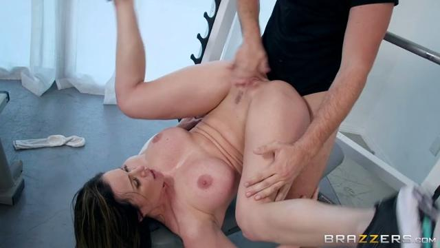 Kendra Lust (Personal Trainers Session 1)