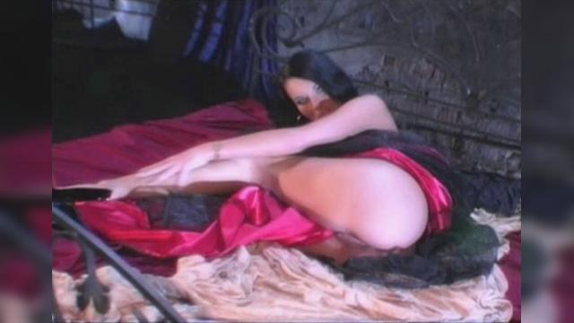 Simony Diamond Hot seexxxy 295 Gloria Gucci
