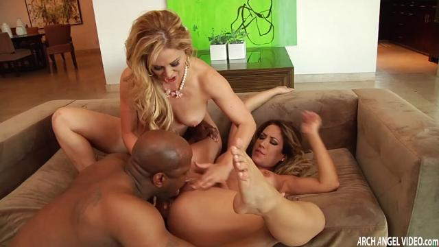 Cherie Deville And Capri Cavanni Hot Sexxxy