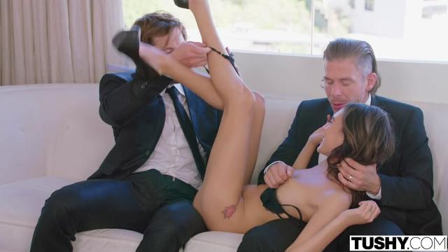 Janice Griffith (My Fantasy of a Double Penetration)