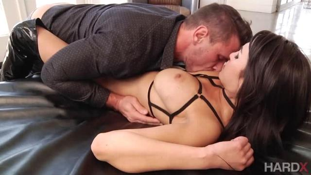Asian Anal (2017)