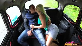 [FemaleFakeTaxi] Blanche Bradburry Tourist Gets a Wet Puss