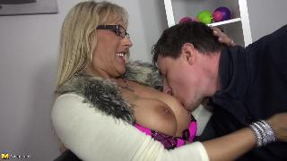 Lana Vegas German Housewife Fucking And Sucking